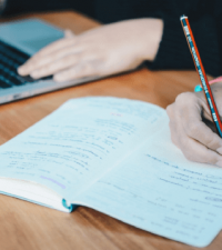 Top 5 Tools for Academics and Research Students